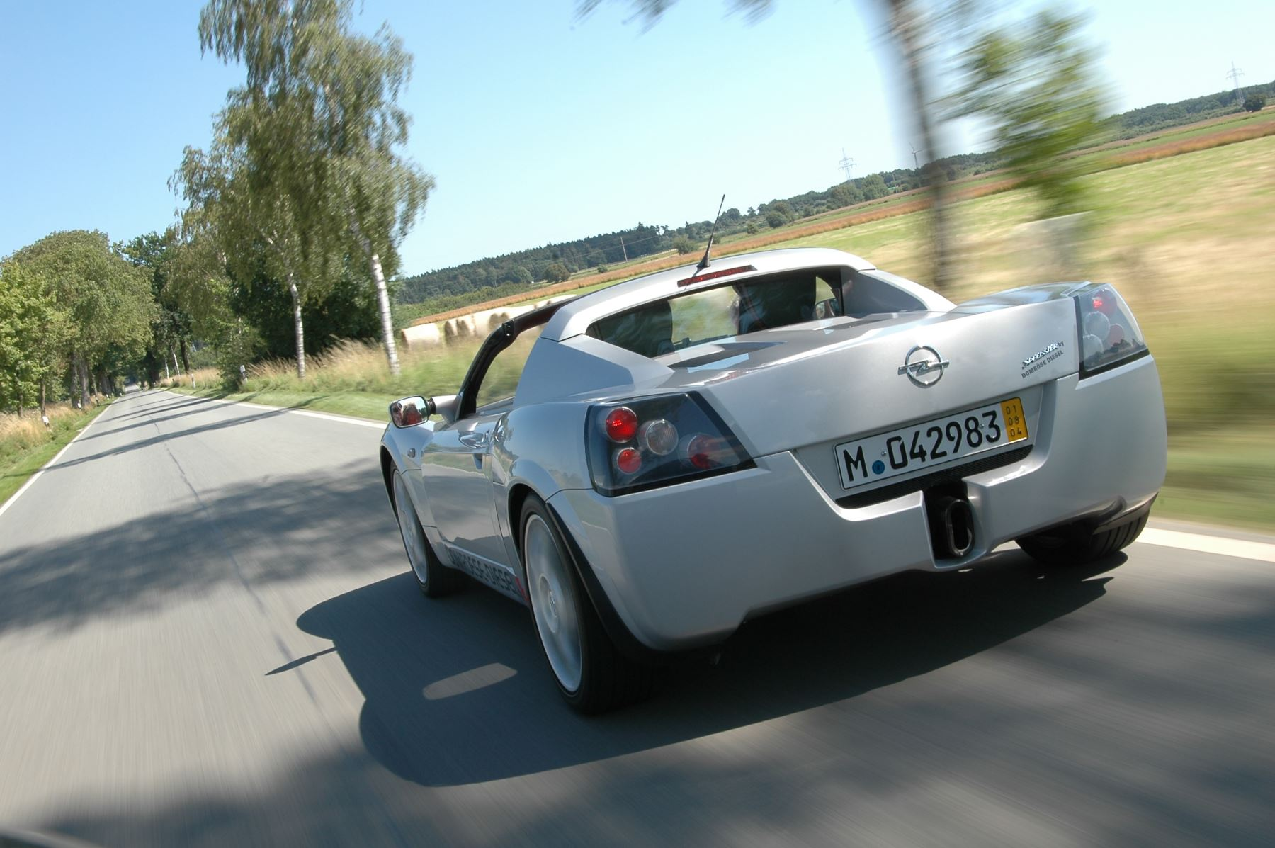 BGackground Opel Speedster by Domröse Diesel